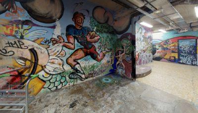 Couloir / 19 rue des Frigos